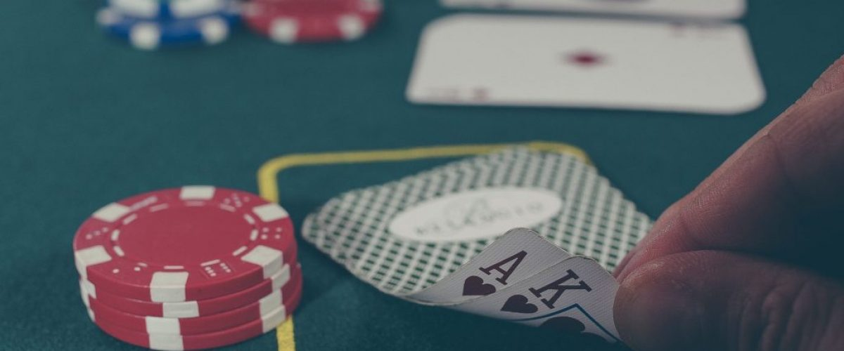 cards-1030852_1920